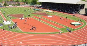 Uno stadio di atletica in piena attività